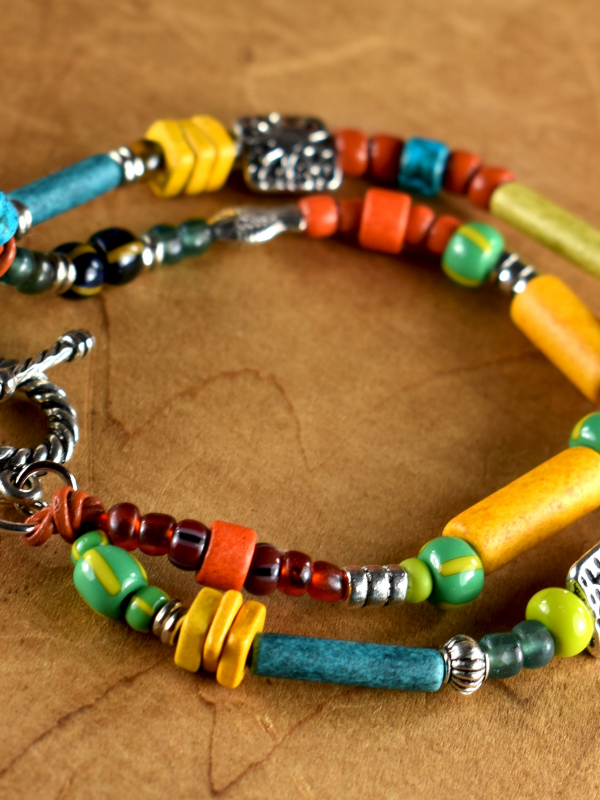 Summer/fall bracelet design with loads of color by Gloria Ewing.