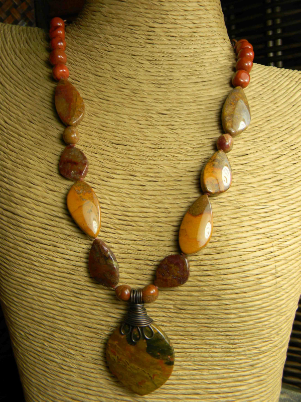 Uniquely shaped agate beads in a design by Gloria Ewing.