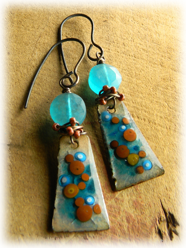 Simple wire wrapped earrings by Gloria Ewing.