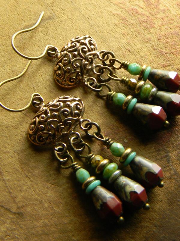 Beaded chandelier earring design by Gloria Ewing.