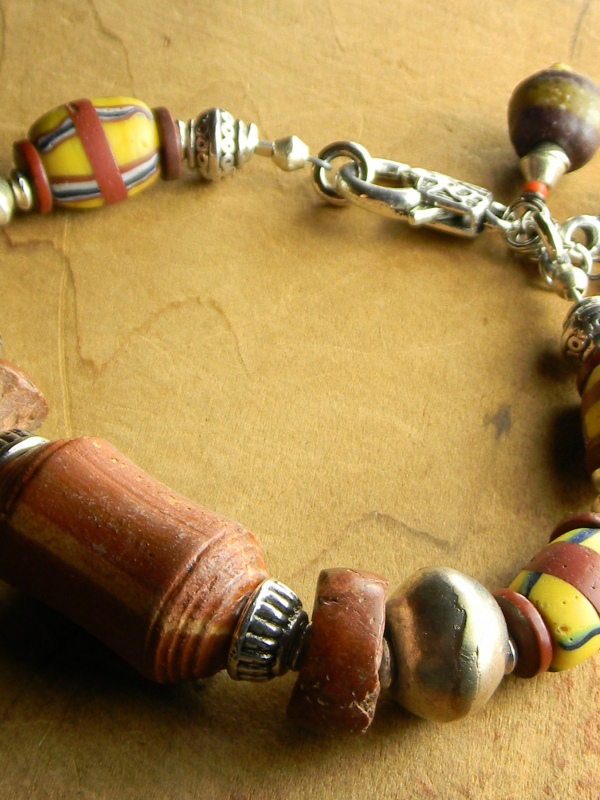 Vintage African beaded bracelet design by Gloria Ewing.