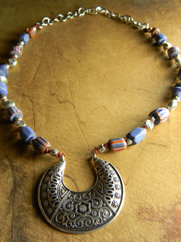 Blue and red vintage African beaded choker by Gloria Ewing.