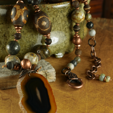 Chunky jasper and agate beaded necklace by Gloria Ewing.