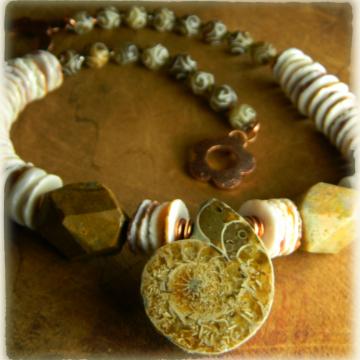 Spiny Oyster Ammonite Choker Necklace