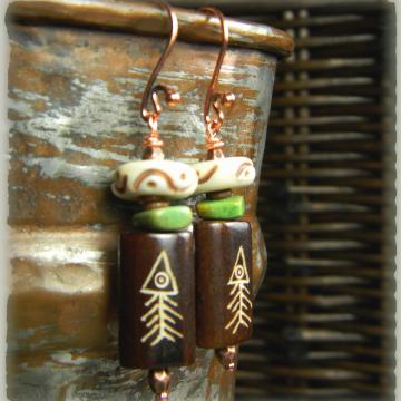 Primitive southwestern bone earrings by Gloria Ewing