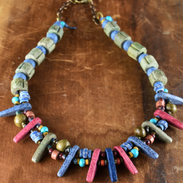 Retro 60s faded blue jean choker length beaded necklace by Gloria Ewing.