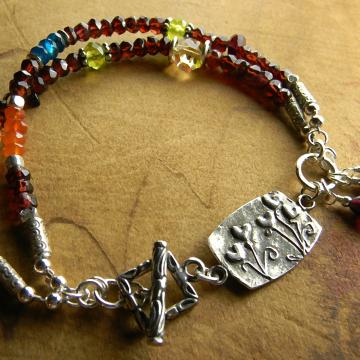 Boho beaded bracelet by Gloria Ewing.