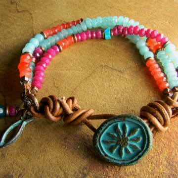 Colored jade and amazonite beaded bracelet by Gloria Ewing.