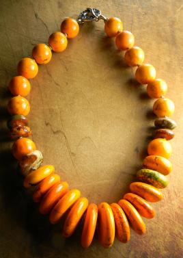 Orange Graduated Choker Necklace