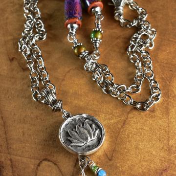 Boho Mood Bead, Lotus Pendant, Silver Pewter Necklace, Mood Beads, Hippie Necklace, Boho Jewelry