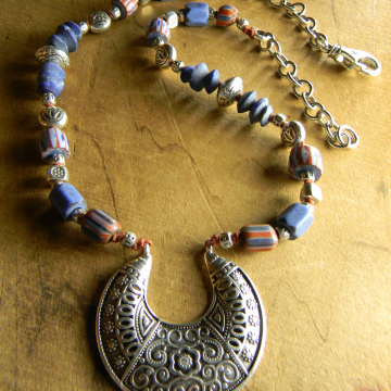 Tribal Choker Necklace Vintage African Venetian Beads